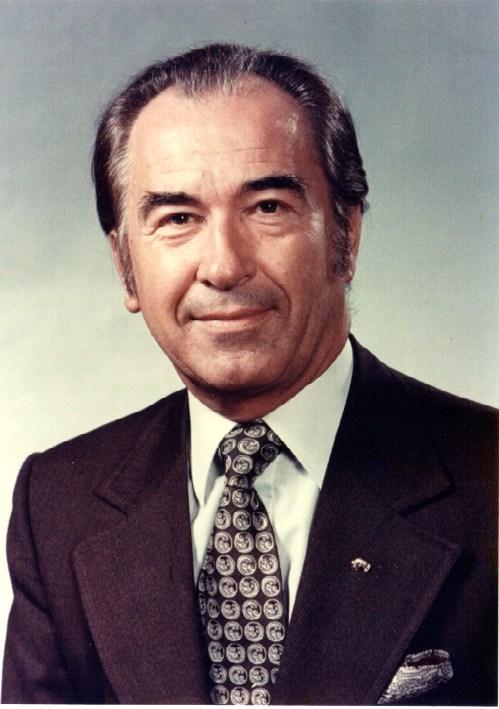 Senator Paul Yuzyk